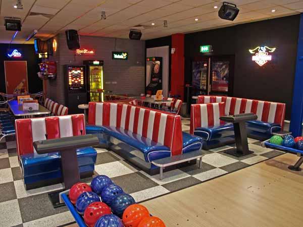 mikras classic store xxl bowling duisburg 2005. Black Bedroom Furniture Sets. Home Design Ideas